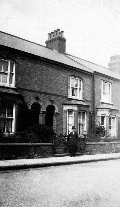 Elizabeth Meredith, Victoria Street in Wolverton, 1904