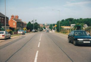 London Road in Stony Stratford, August 1991