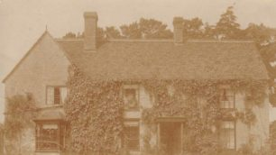 Ivy House, now Linford Lodge