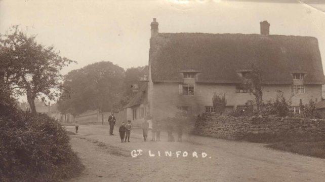 Postcard of Nag's Head pub