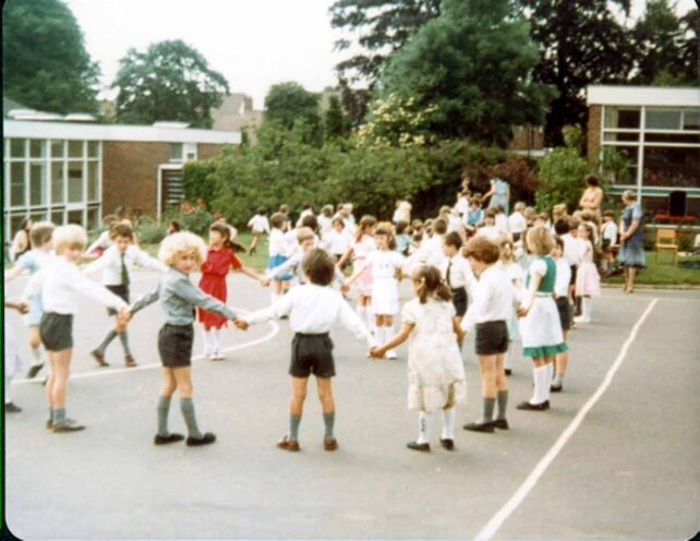 Country Dancing, Infants, dancing in a big circle - 1980