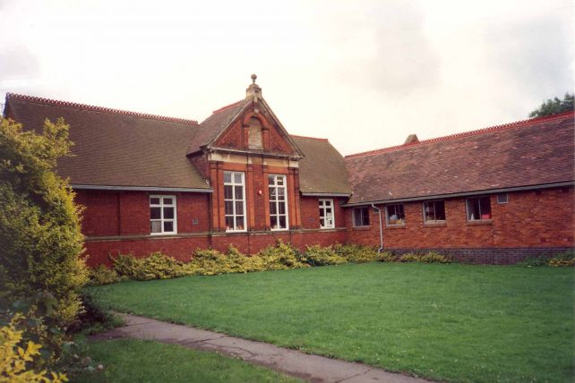 The Infants School, Bletchley Rd.