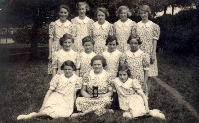 Dancers, Bletchley Road School