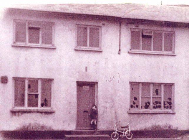 The Three Tuns public house, derelict
