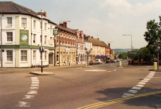 Swan Hotel and Watling Street