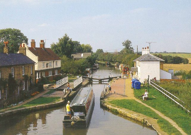 Grand Union Canal at Fenny Lock