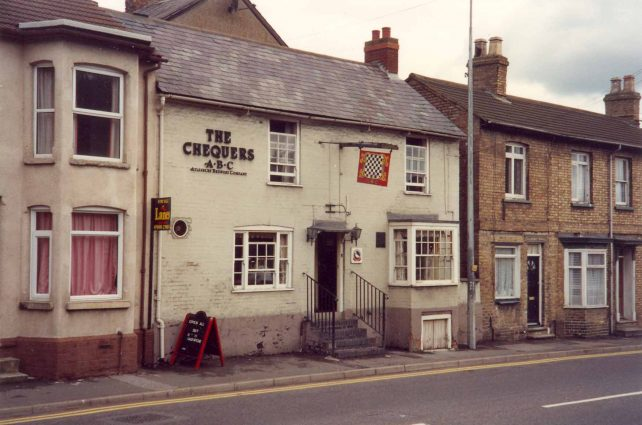 The Chequers, High Street